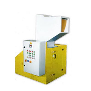 Yellow low capacity granulator